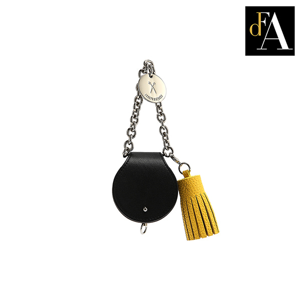 112 Tassel Rich Black(Old Gold)