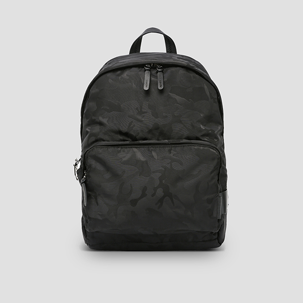 [슬리피 착용] Ultra Backpack L Camouflage Black