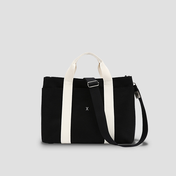 Stacey Daytrip Tote Canvas Black(Ivory)(+Webbing Strap)